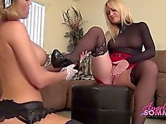 Hot boss makes maid eat her pussy