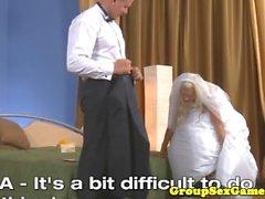 Венчания Жених pussylicked играл игре