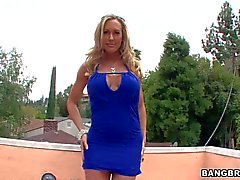 Leggy milf Brandi Love with Sexy round Ass