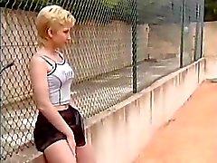 étudiant de tennis aleman