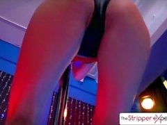 A Stripper Experience - Ariana Marie despir e chupar um galo enorme