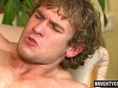 Grosse bite papa sexe anal et du visage
