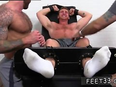 machos sem fundo pornô gay primeira vez Connor Maguire Jerked &