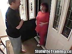 Opleiding van een zwangere vrouw een slet moeder te zijn
