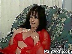 Sauvages femelle Nylon porno