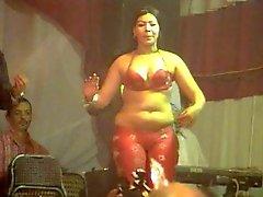 Hot Arab dans