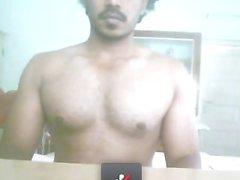 Mallu Kerl zeigt seinen Wichser
