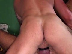 Sexo anal gay y corrida