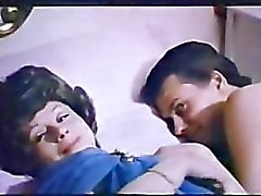 Flossie retropaita Porn 1974