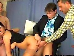 Simone - Simona heeft haar eerste baan