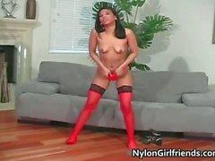 Wunderschöne Latina heißes Girl aus Latex Hose