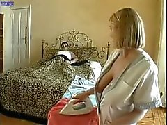Una della casalinga sexy della