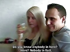 Humalassa amatööri tyttöjen survotaan at Hardcore Home Party