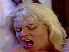 Немецкий нуна Seduce ебать посредством Пристеру в классическом Porn фильме