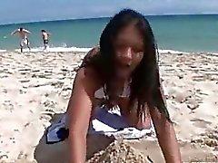 Mijn Thaise meisje op het strand