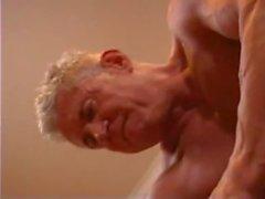 Büyük Muscle ile Eşcinsel