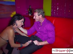 The Stripper Experience Jessica Jaymes baise une grosse bite