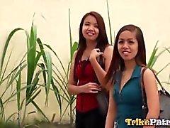 Horny Filipinli Aiza onun en arkadaşım tarafından cinsiyete göre pimped dışarı olduğu