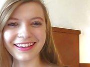 Amanda amour - gros seins naturels jeunes