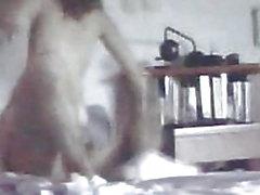 Camicia nascosta di Milf che registra il suo intenso orgasmo anale