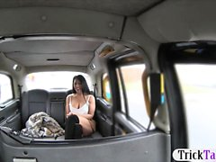 Sexy женщина Оральный Секс а обстреляна Первом таксист