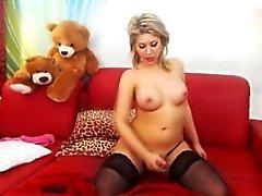 Große Brüste Blondine Transen Masturbating ihren großen Schwanz