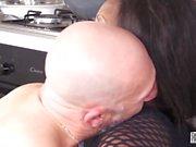 Alla Italiana Casting - Esordio nel porno di una Zoccola nera in un filmato amatoriale xxx italiano