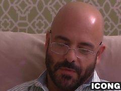 Horny Psychotherapeut Adam Russo fickt seinen Patienten grob