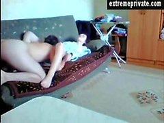 Puma Lousie e la toyboy sulla fotocamera spionaggio