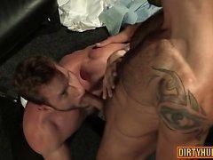 Yüz cum ile kas ayısı anal seks