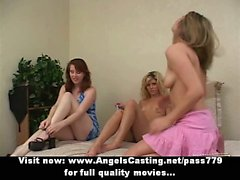 Trio de lesbiennes en avec des jeunes filles caresser la chatte et les baise avec gode ceinture