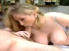 Große Titten Teen Blowjob Blondine Italienisch Sexfilme