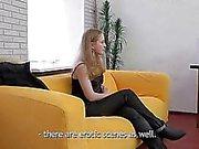 Hankala Agent Hänen ensimmäinen pornoa valu- movie