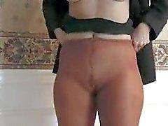 Sammi masturbates in der Strumpfhose 040