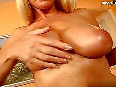 Arsch dick Mädchen harten Sex
