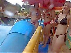 Que filmó y sus amigos en el parque acuático