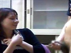Sevimli Japon araba oral seks handjob