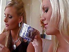 Brandi & Phoenix -büyük horoz kahve kulübü
