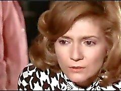 Fransız filmlerinde ÇIPLAKLIK Un linceul n'a pas de poches (1974 )