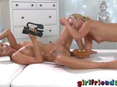 Amiche bionda babes massaggi erotiche fisting