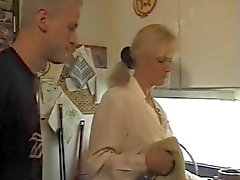 une maman allemande een le feu au cul