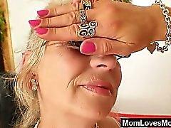 Grand maman Et bien - dotés pénètre une milf