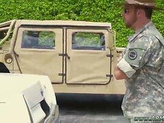 A caldo militare dei cartoni animati allegro el'esercito film gay s Tumblr explos