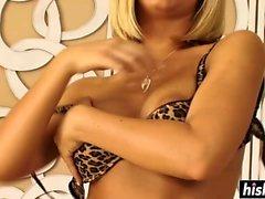 Nicole Aniston passionately tittyfucks and sucks