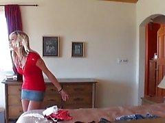 Эмми Брук подростка блондин девушка со натуральные сиськи делаю минет а мастурбирует