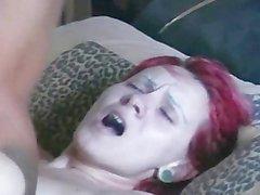 Augen rollen Orgasmus Blondine