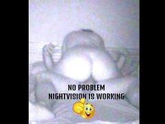 Oh ja! Sie bewegt ihren Arsch (Nightvision)
