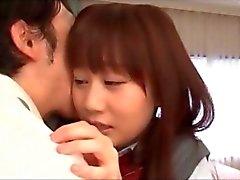 tímidas da menina asiática a escola despojado e fodido do Professor despertado