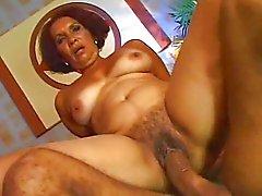 Siyah Olgun Kadınlar 11