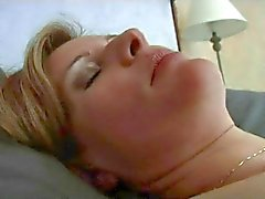 FRANSIZCA OLGUN 23 anal matür annemin milf üç dp